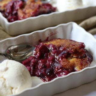 summer berry cobbler with ice cream momsdinner.net