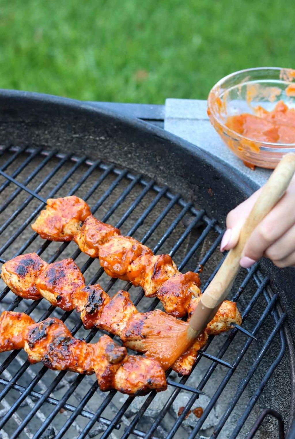 Grilled Chicken Kabobs With Mango Jalapeno Bbq Sauce Mom S Dinner