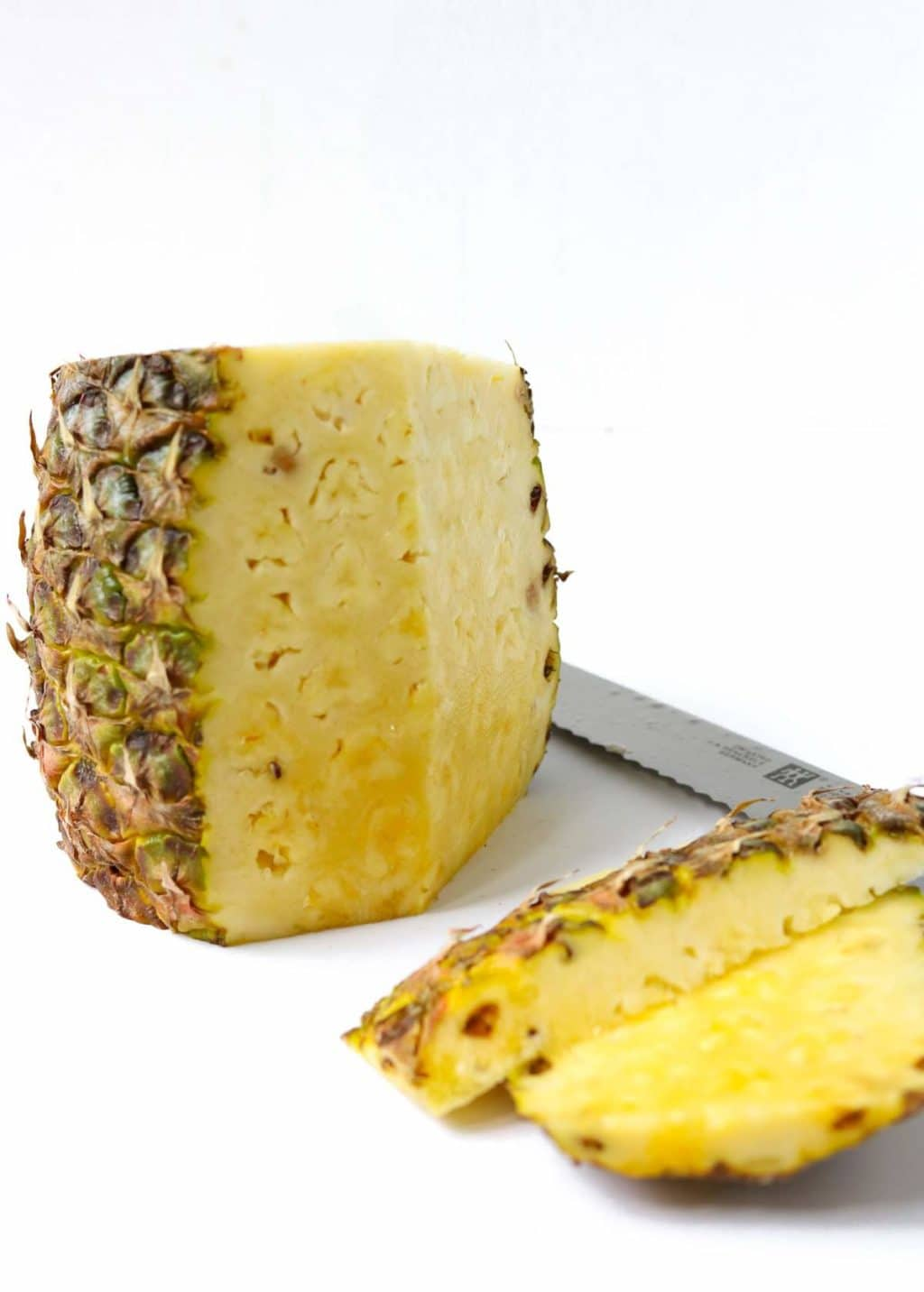 Fresh Pineapple with the rind cut off, how to cut a fresh pineapple