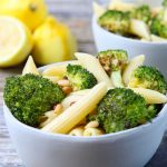 A super simple pasta recipe that is bursting w/ flavors of fresh lemon, warm garlic, & caramelized oven roasted broccoli. A great dinner recipe for tonight!