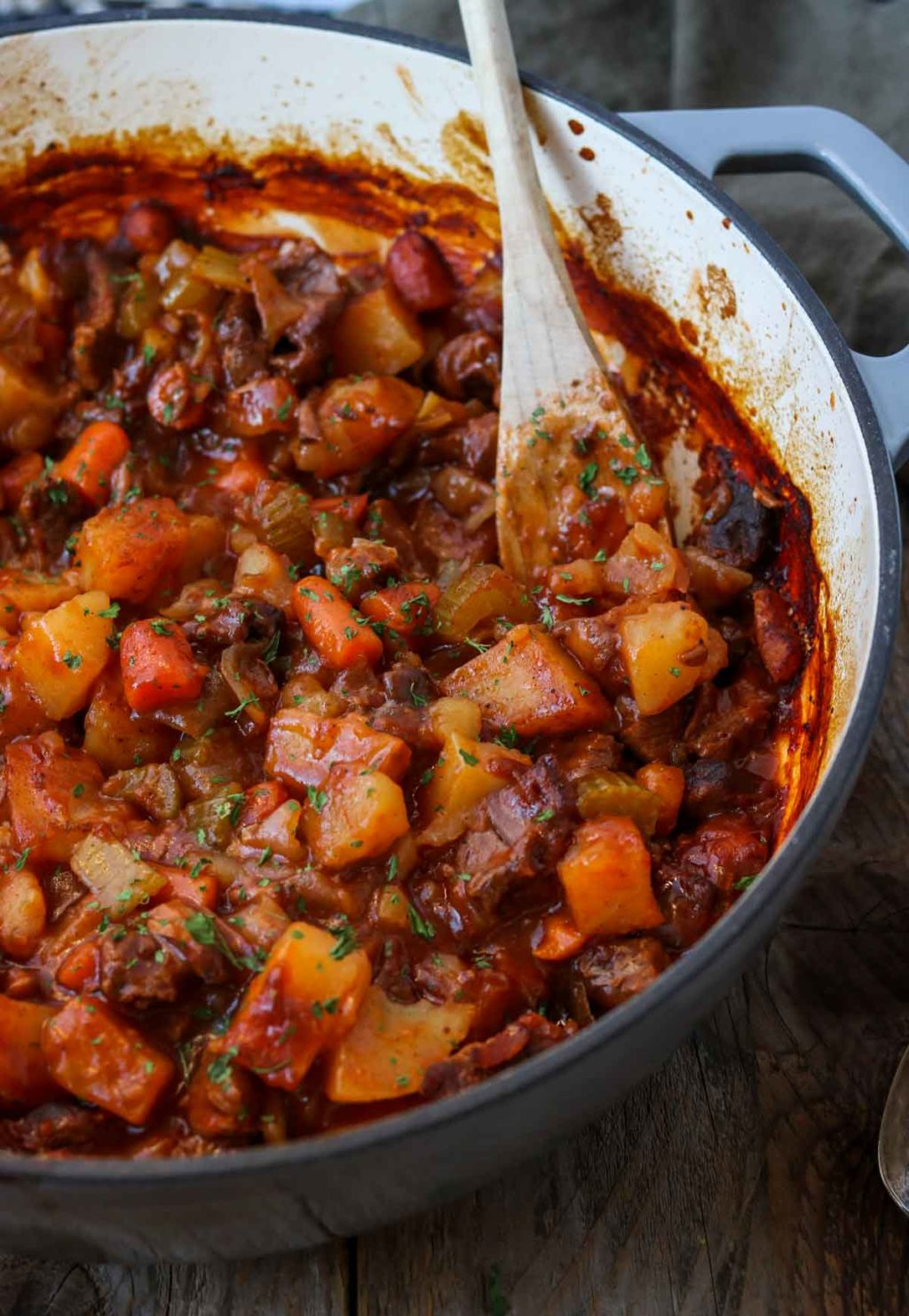 Easy Dutch Oven Beef Stew Mom S Dinner