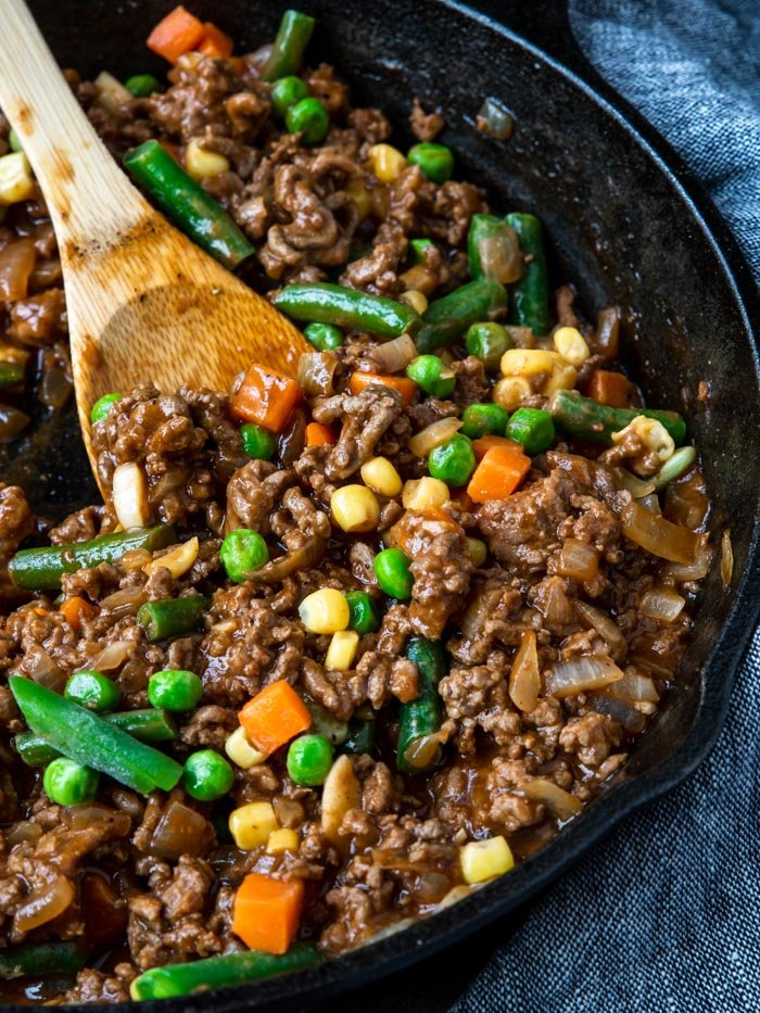 ground beef and veggie mixture for sloppy joe casserole