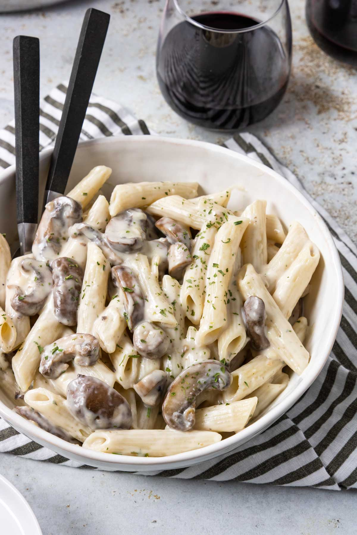 Creamy Mushroom Pasta 8 Simple Ingredients Mom S Dinner